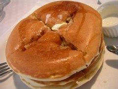 071201motoya_pancake1.jpg